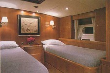 Luxury Charter Yacht Gitana - Guest Cabin 3
